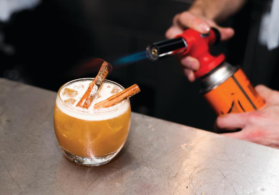 Double rum cinnamon cocktail