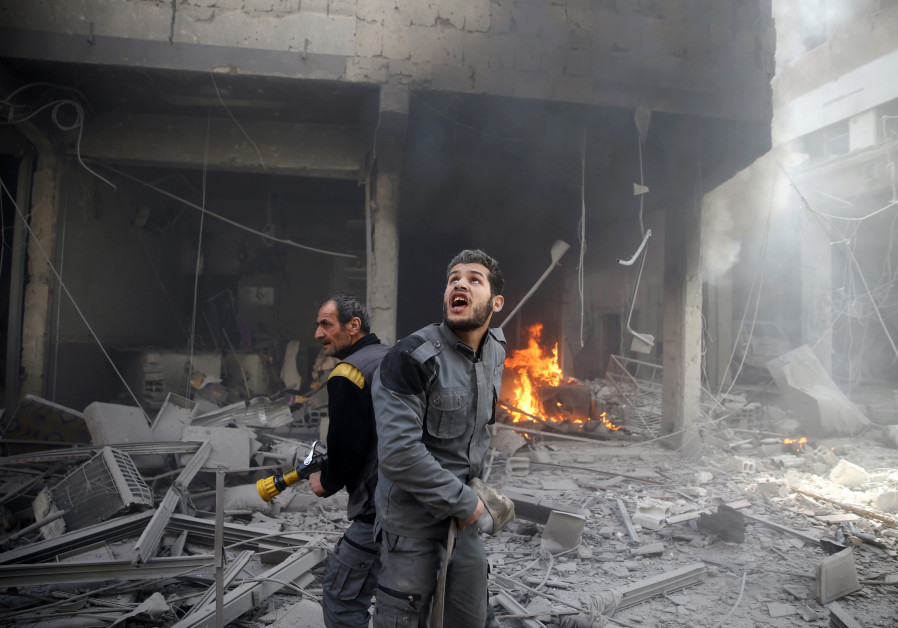 Air strikes kill almost 200 in Syria enclave