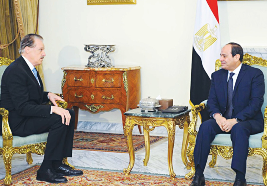 MIKE EVANS (left) meets with Egyptian President Abdel Fattah al-Sisi in Cairo earlier this year.