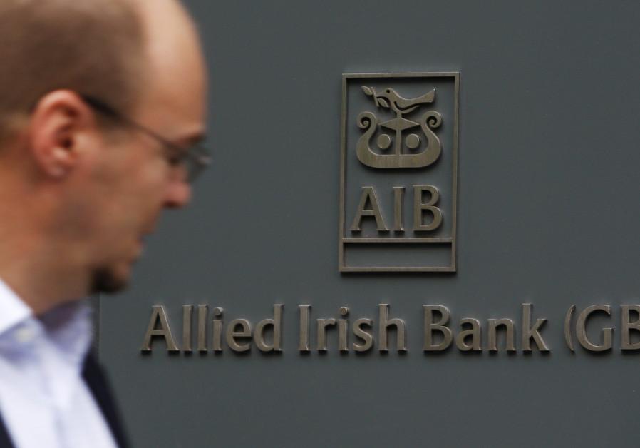 Israel urges Irish bank to shut accounts of boycott group