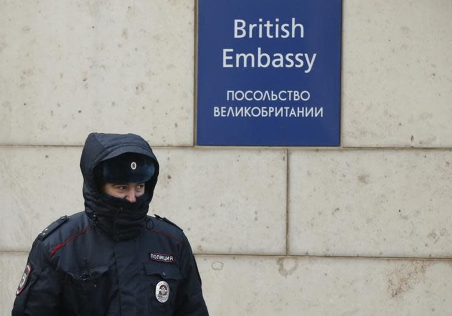 Russian Federation 'to expel 23 British diplomats' as political crisis deepens
