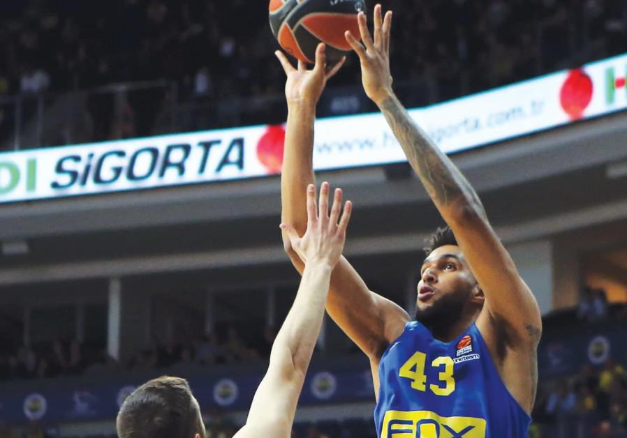 Panathinaikos pays visit to slumping Mac TA