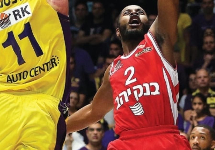 Hapoel Jerusalem guard Jerome Dyson on March 25, 2018