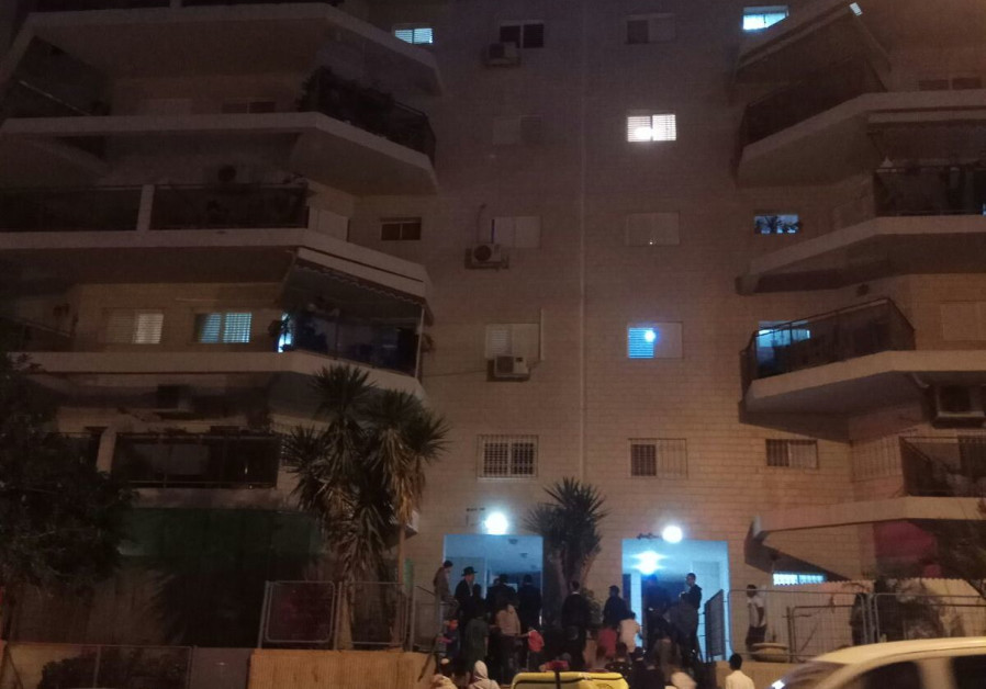 WATCH: Deadly fire in Beersheba, young girl jumps to safety from balcony