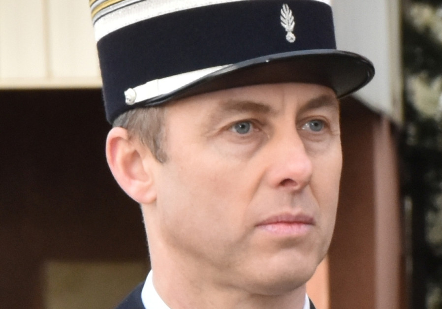 France mourns 'hero' police officer