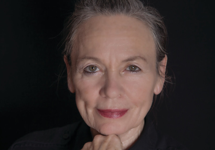 American musician and performance artist Laurie Anderson