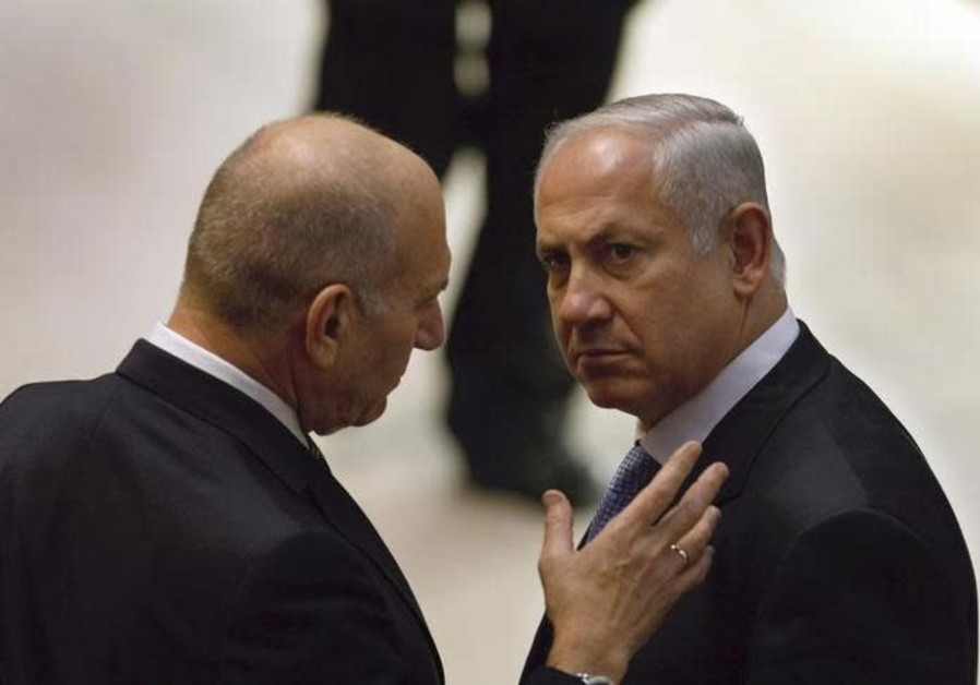 Former PM Olmert slams Netanyahu for 'strategic failure' on Iran