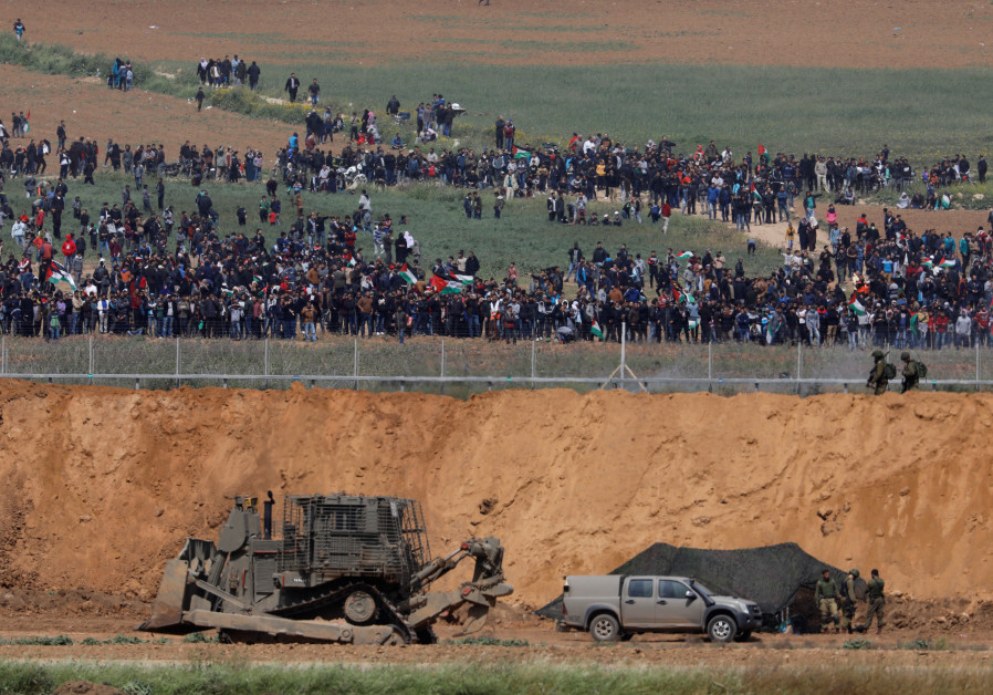 IDF Expects Escalation in Gaza Border Fence Rioting