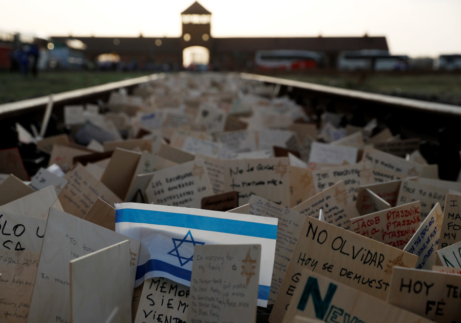 Study says Polish neighbors betrayed more Jews than previously thought