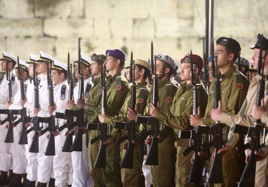 IDF to shave two more months from compulsory service for men