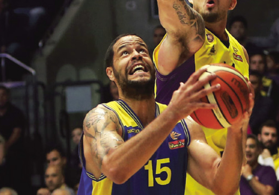 Maccabi Ashdod forward Gerald Lee
