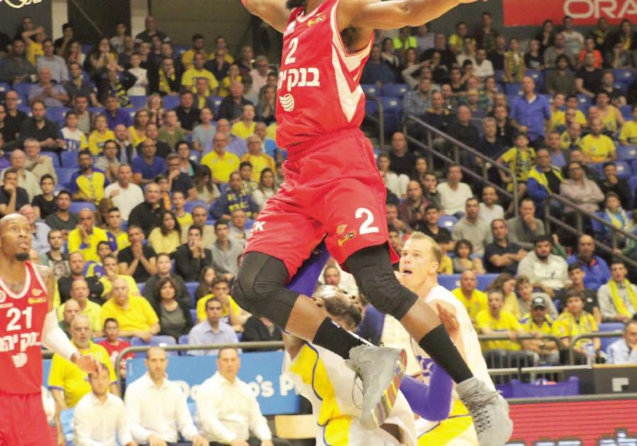 Jerusalem stuns Tel Aviv in final seconds