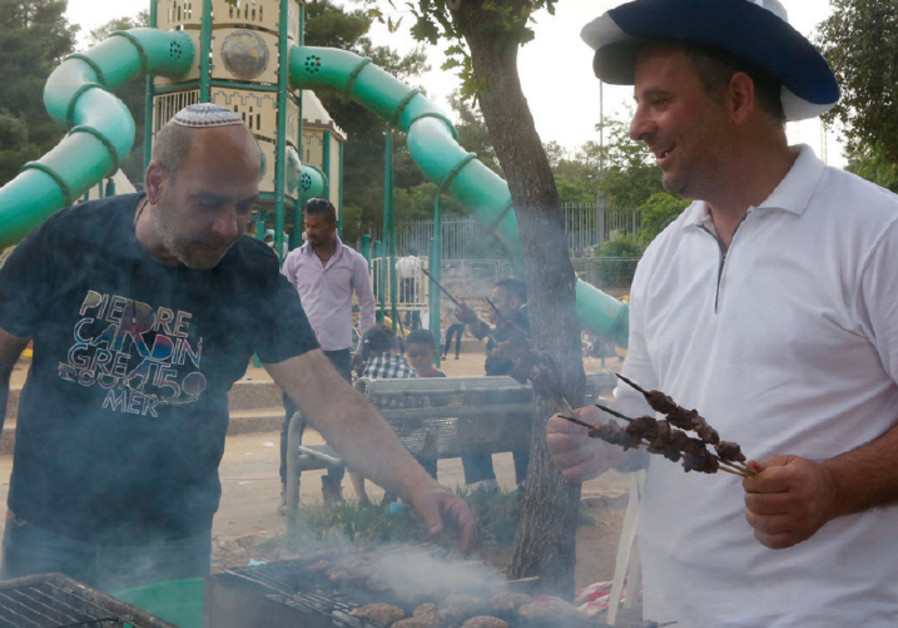 An Independence Day barbecue in Jerusalem's Sacher Park