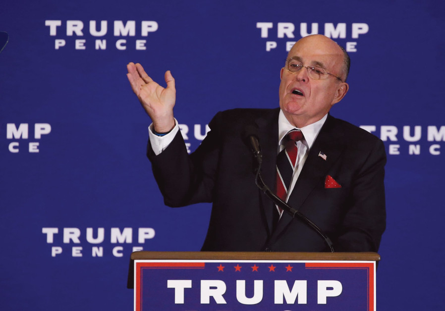 Rudy Guliani introduces Donald Trump to deliver remarks at a campaign event in Gettysburg in 2016