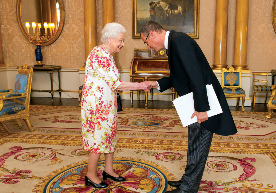 Israel's UK Ambassador Mark Regev meets Queen Elizabeth at Buckingham Palace in 2016