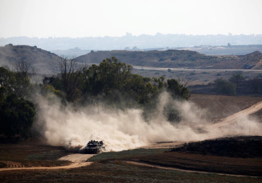 Gaza militants launch barrages across border, Israel hits back with air strikes