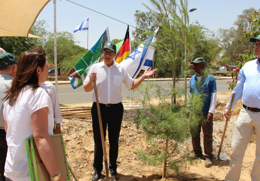 German Bundestag delegation plants trees for protection in Kibbutz Sufa near the Gaza Border