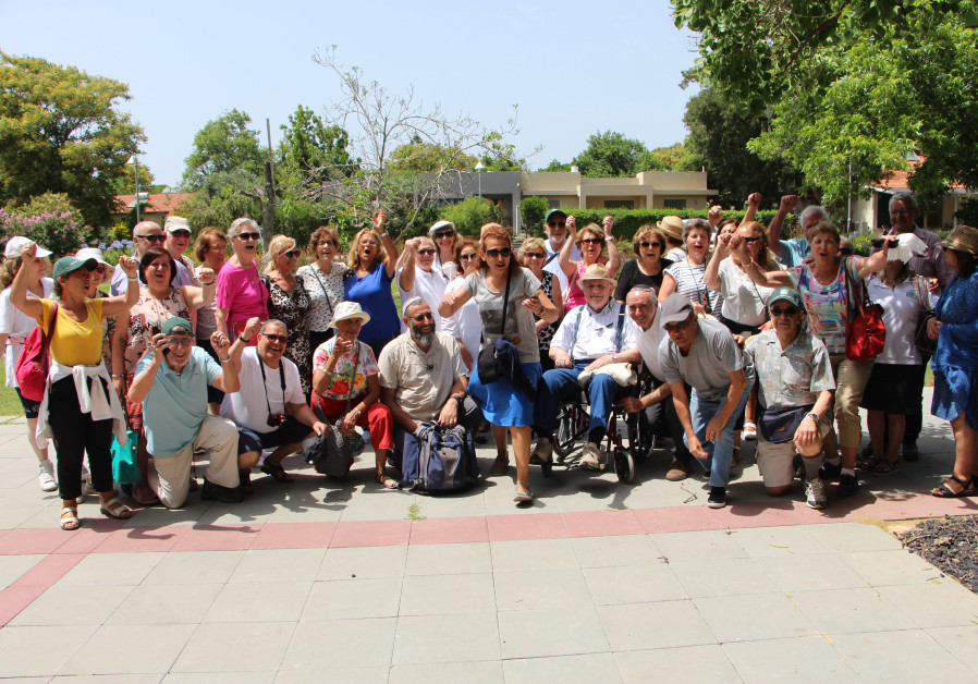 KKL France Seniors Club Delegation at Kibbutz Lochamei Hagetaot