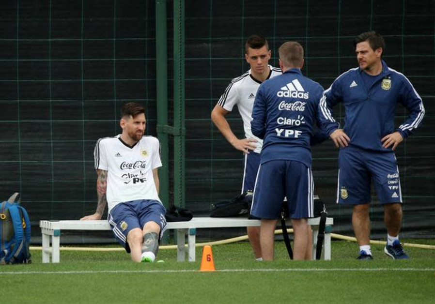Argentina's Lionel Messi (L) during training for the World Cup, June 2, 2018.