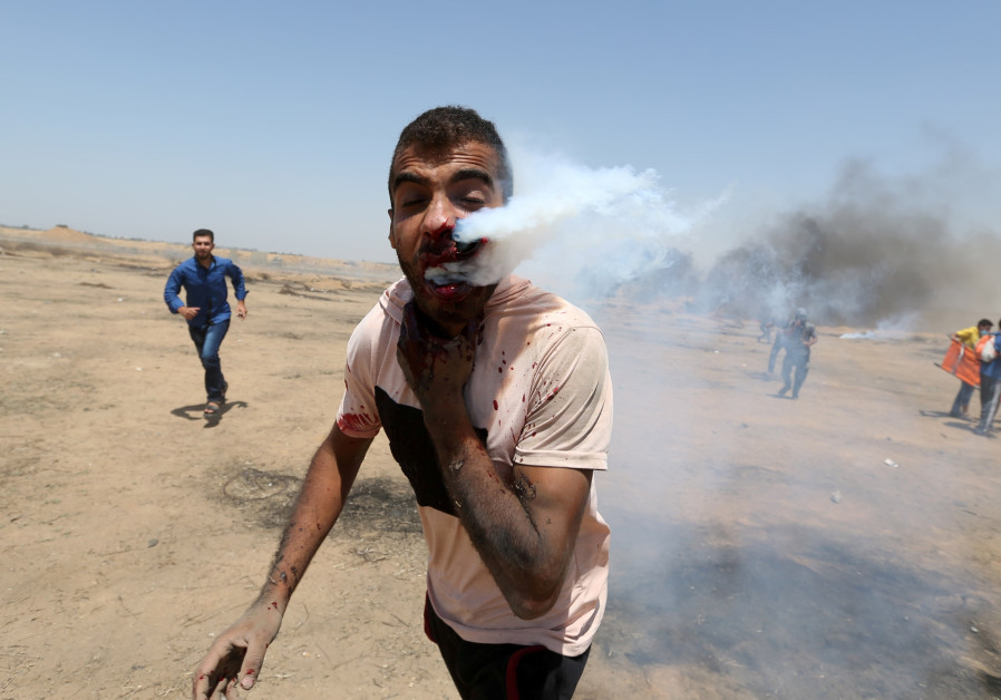 Report: Israeli forces kill two Palestinians in Gaza border protests