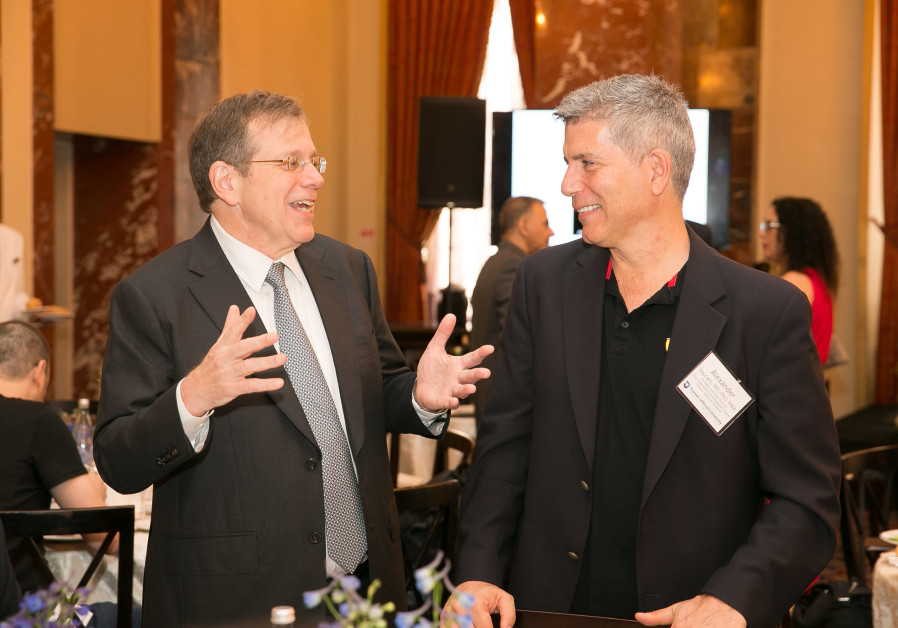 Mark Tykocinski (left) with Professor Alexander R. Vaccaro