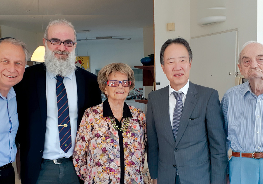 (From right) Solly Ganor, Japanese Ambassador Koji Tomita, wife Pola Ganor, Japan intercultural exch