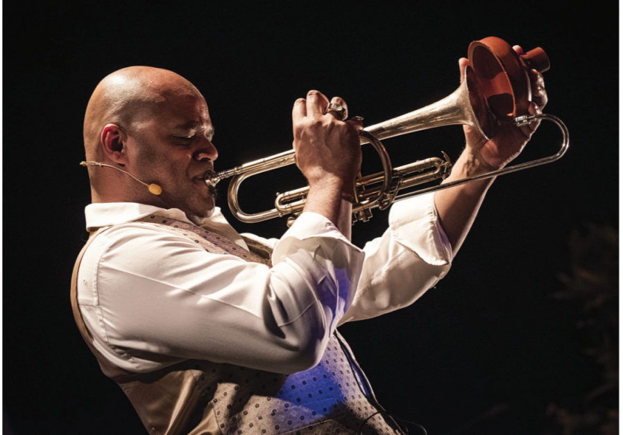 MICHAEL VAREKAMP will pay tribute to Louis Armstrong