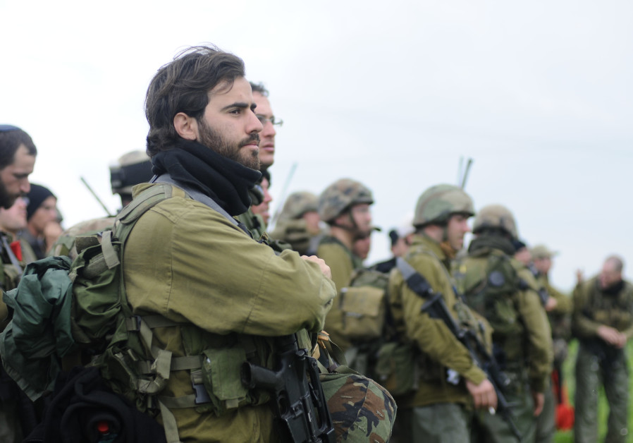 Knesset advances bill granting academic credit to reserve soldiers
