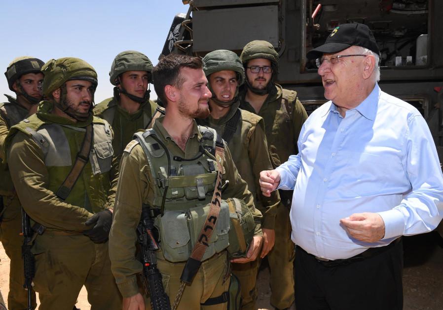 President Reuven Rivlin meets IDF soldiers at Shivta base, July 11, 2018