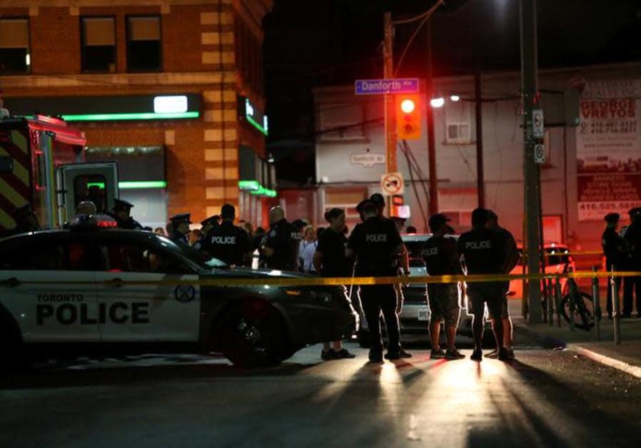 Gunman in Australia kills 4 in 5 different shooting locations