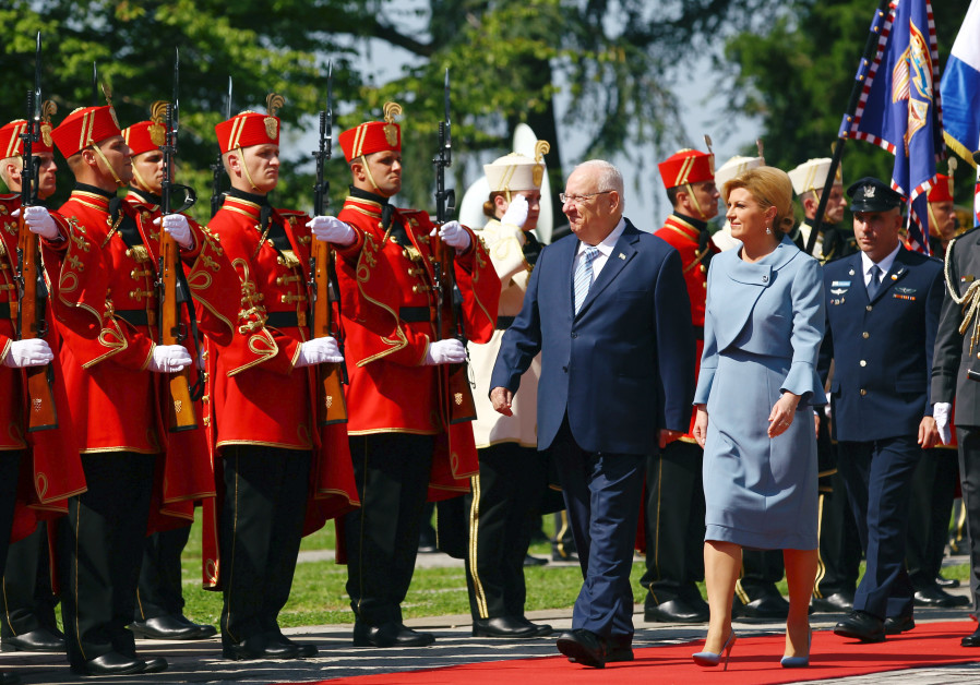 Rivlin welcomed to Croatia with pomp and ceremony