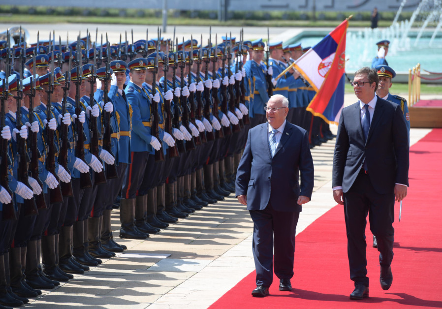 Israel's President Reuven Rivlin and Serbia's President Alexander Vucic in Belgrade, July 26, 2018