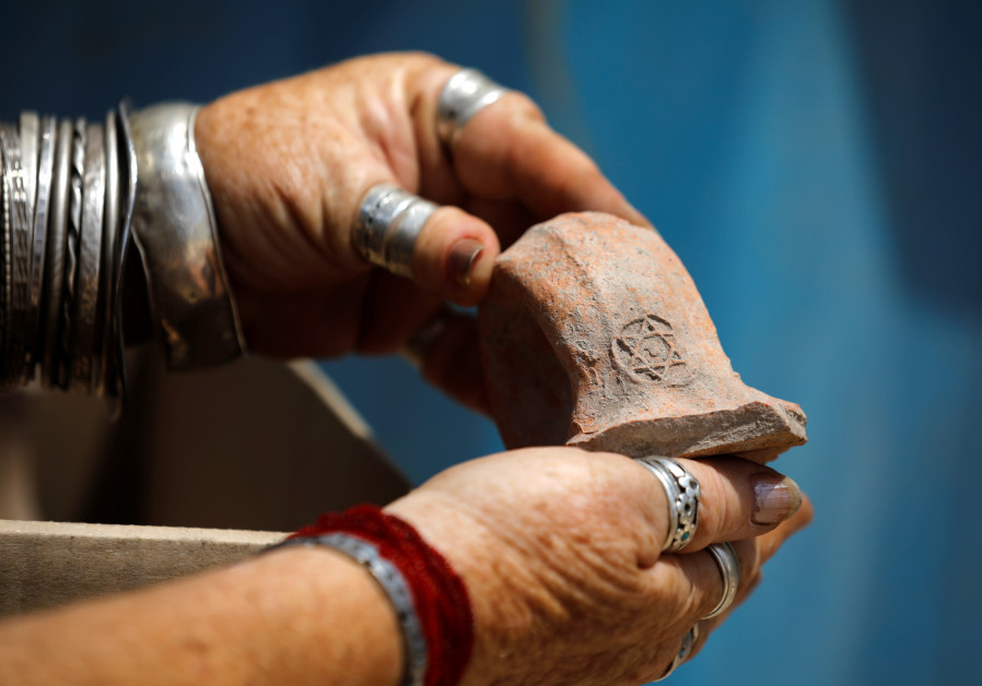 Early Christianity era wine-jug workshop unearthed in central Israel