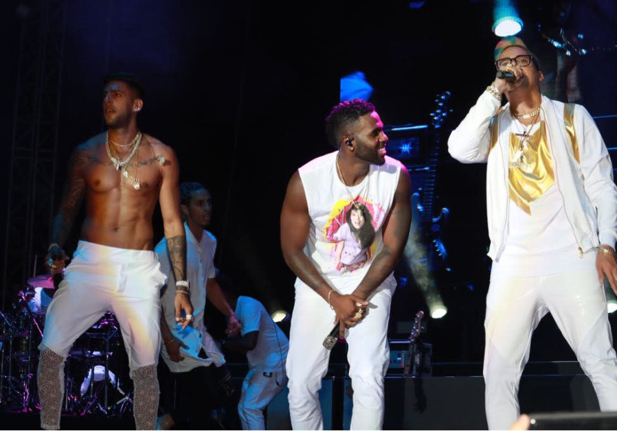 Static and Ben-El join Jason Derulo on stage at the WOW Coca Cola Festival in Rishon Lezion Wednesday, August 1 2018.