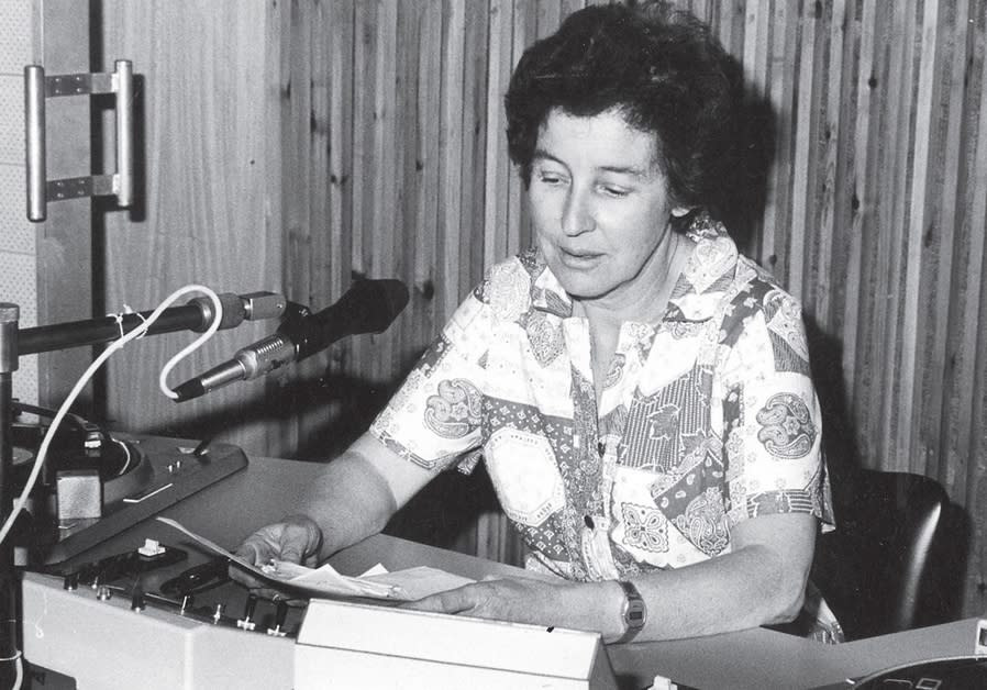 Sara Manobla in a radio studio in the 1960s