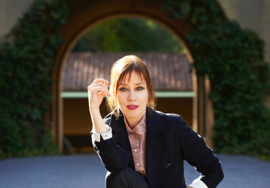 Suzanne Vega returns to Israel for two shows August 8, 2018.