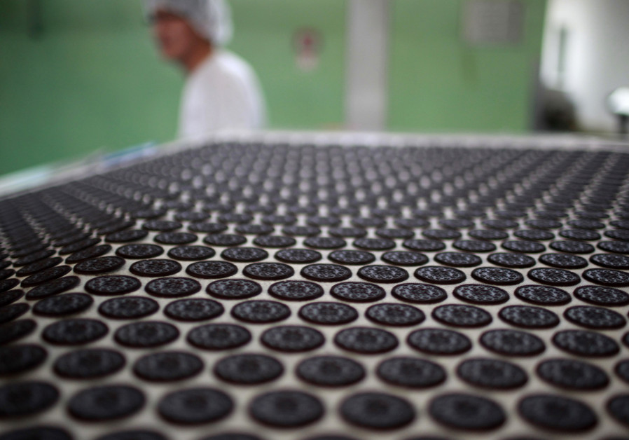 Is Oreo pushing the original kosher sandwich cookies off the shelves?