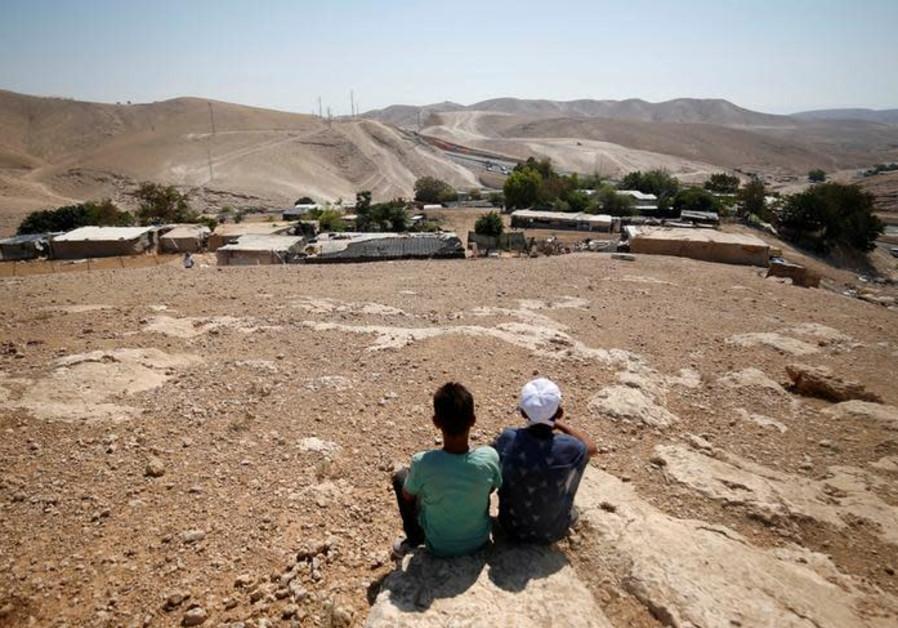High Court gives final okay to demolish Bedouin village of Khan al-Ahmar
