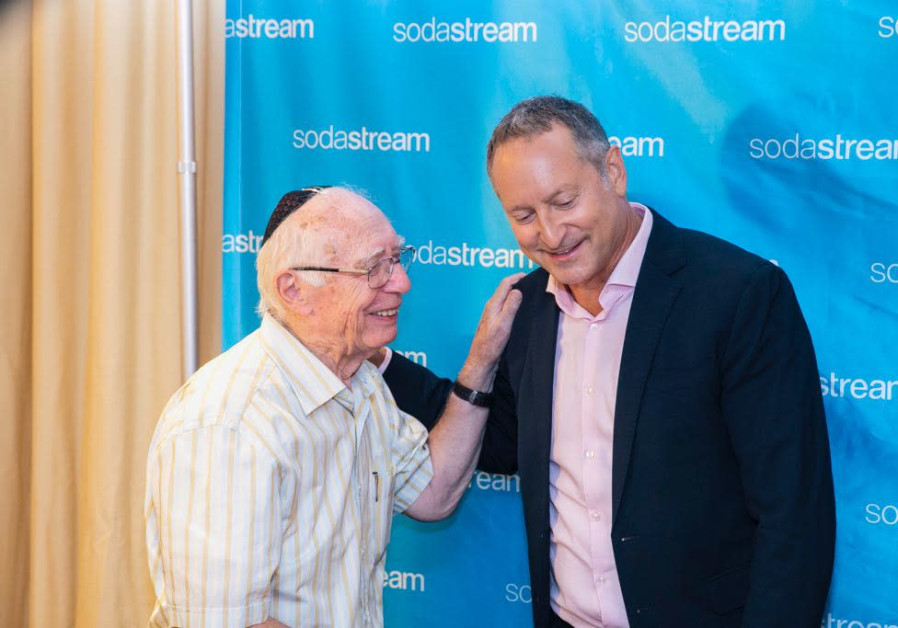 SodaStream CEO Daniel Birnbaum congratulated by his father, Rabbi  Ervin Birnbaum