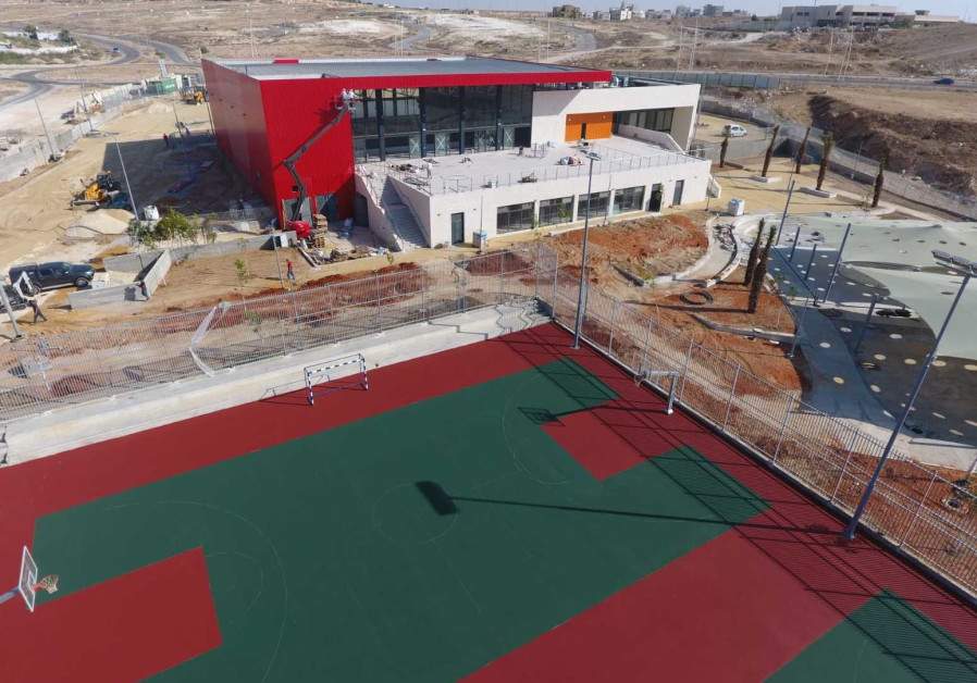 The new country club complex on the Bedouin settlement of Rahat.