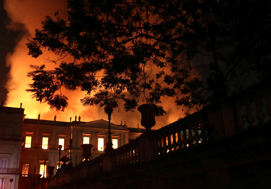A fire burns at the National Museum of Brazil in Rio de Janeiro, Brazil September 2, 2018.