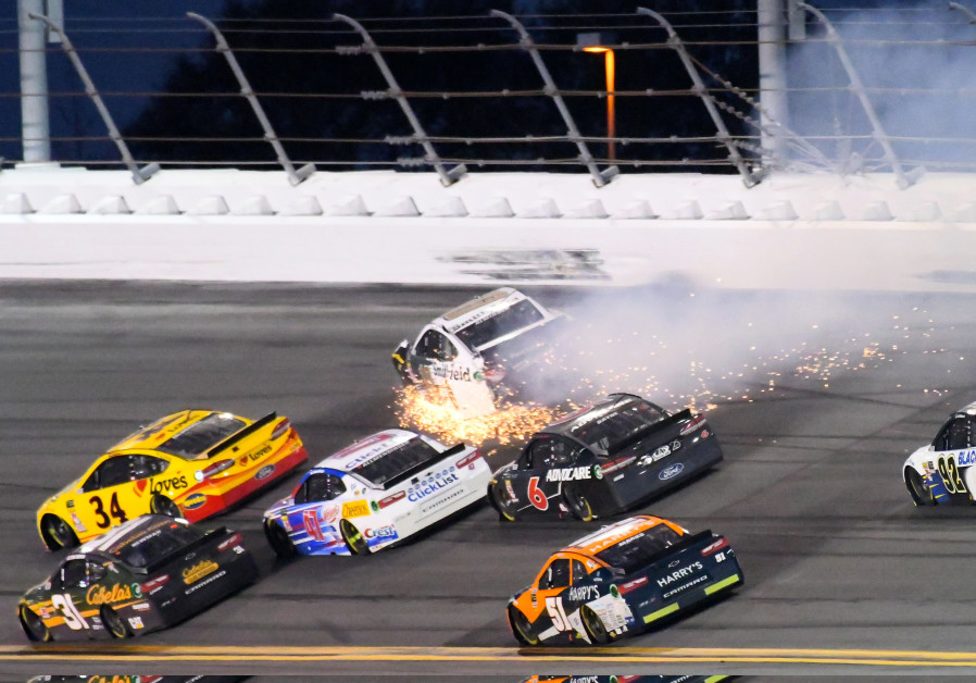 NASCAR Cup Series driver Aric Almirola on last lap during Daytona 500, Daytona Int'l Speedway, 2018