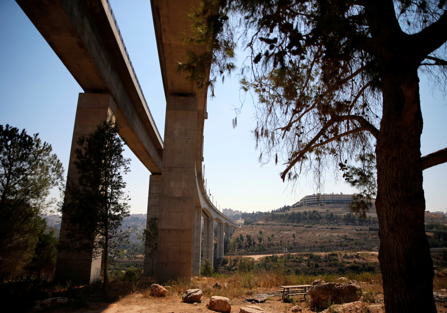 A bridge, part of the tracks of Israel's new high-speed rail line (September 23, 2018).