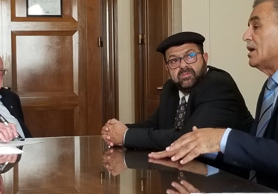 MKs Yusef Jabarin (left) and Jamal Zahalka meet with Senator Bernie Sanders