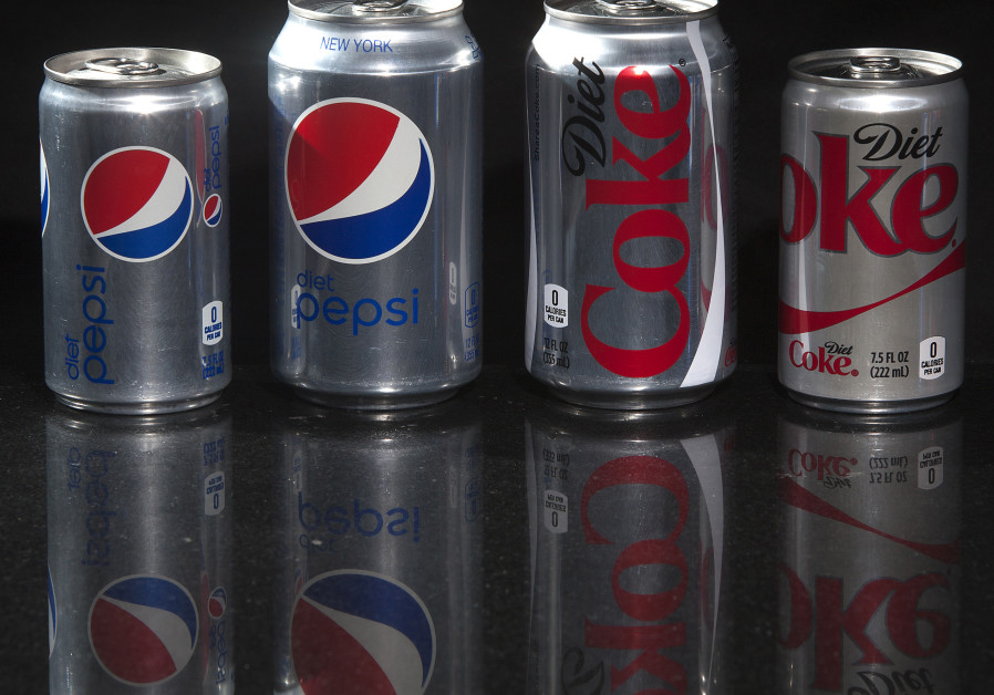 Warning that artificial sweeteners in Diet Coke 'are toxic to gut bacteria'
