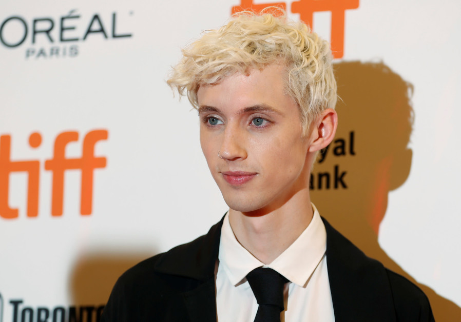 "Actor Troye Sivan arrives for the premiere of the movie ""Boy Erased"" at the Toronto International Fi"