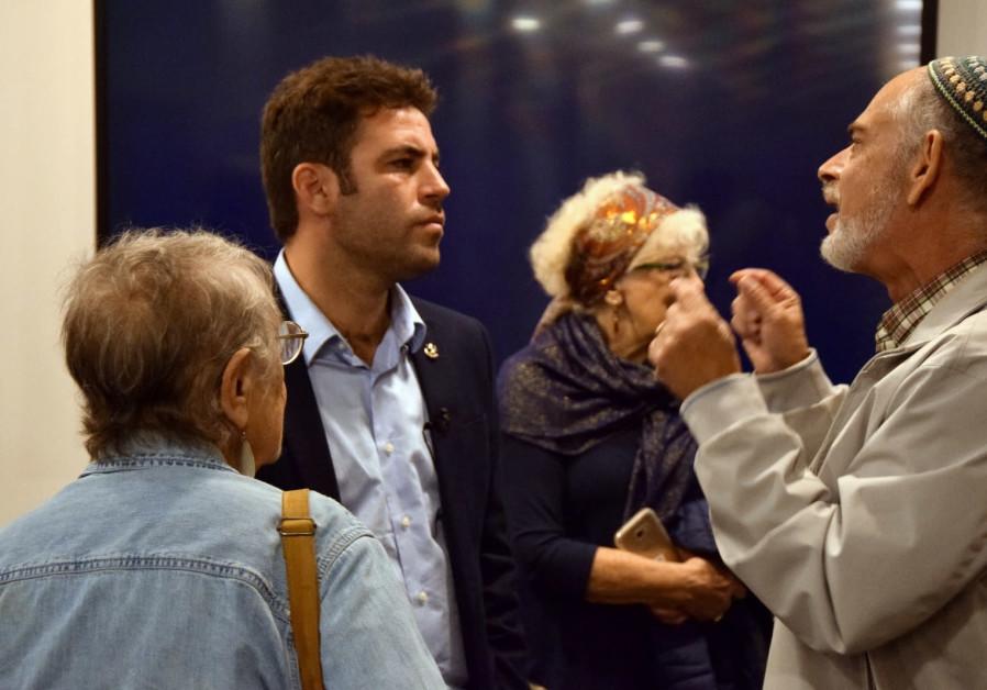 Both Jerusalem Mayoral Candidates Hoping for Netanyahu Endorsement