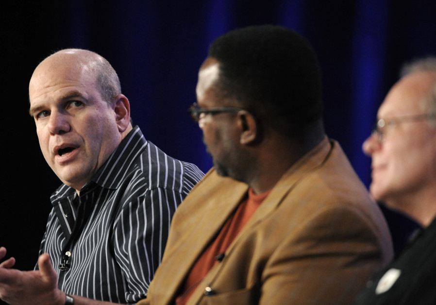 Creator and executive producer David Simon (L), cast member Wendell Pierce (C) and creator and execu