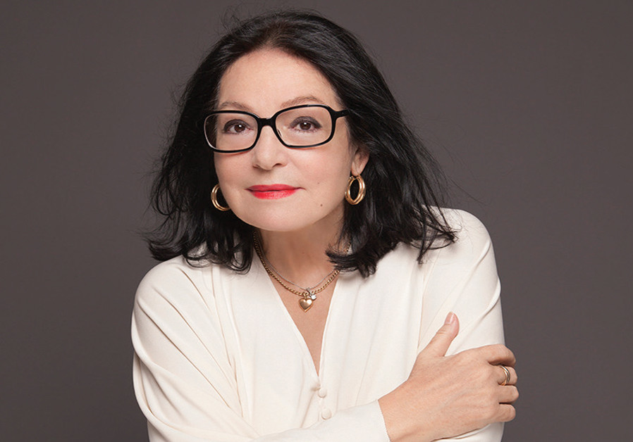 Nana Mouskouri – forever young at 84
