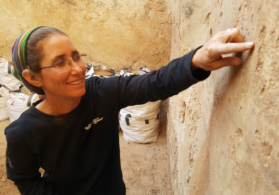 Dr. Davida Eisenberg-Degen from the Israel Antiquities Authority in a cistern in Beer Sheva